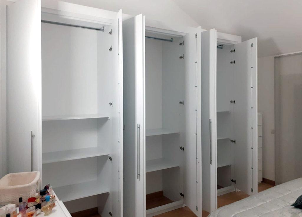 armadio guardaroba a incasso in legno 6 ante su misura organizzazione interna